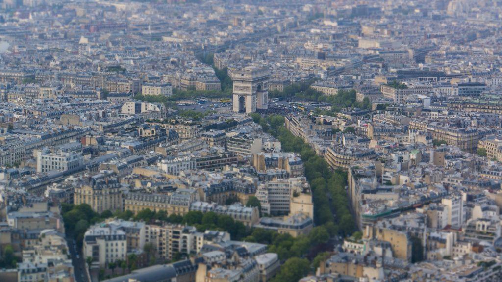 paris-1205086_1920