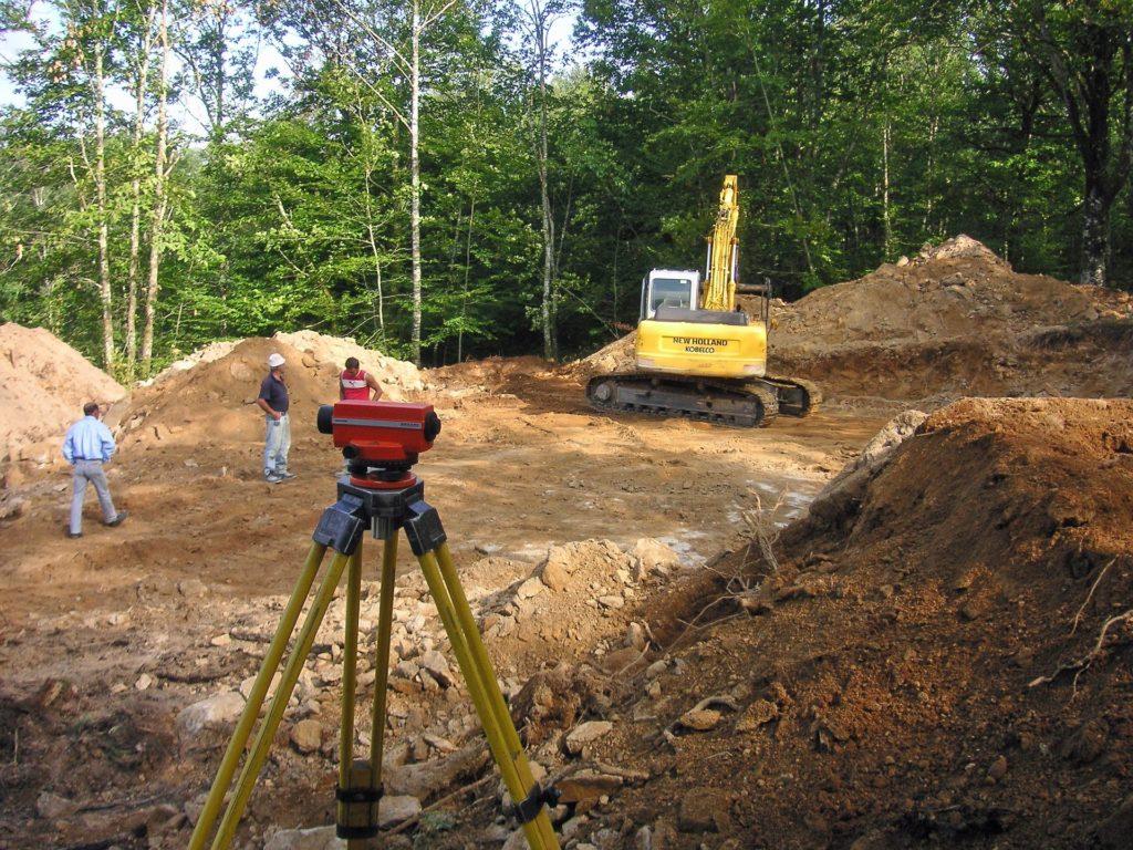 surveying-232550_1920
